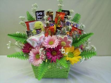 BEAUTIFUL AND SWEET CANDY BASKET