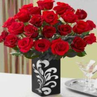 FABULOUS 24 RED ROSES