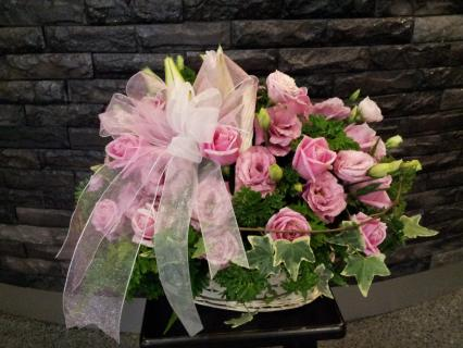 BASKET OF PINK ROSES WITH BOW