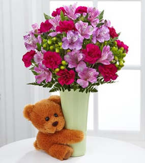 BIG HUG BEAR SQUEEZE BOUQUET