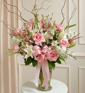BEAUTIFUL PINK AND WHITE SYMPATHY VASE