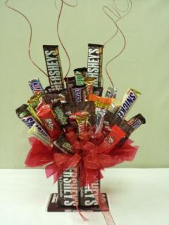 "FANCIES ""HERSHEY\'S\"" CANDY BAR BOUQUET"