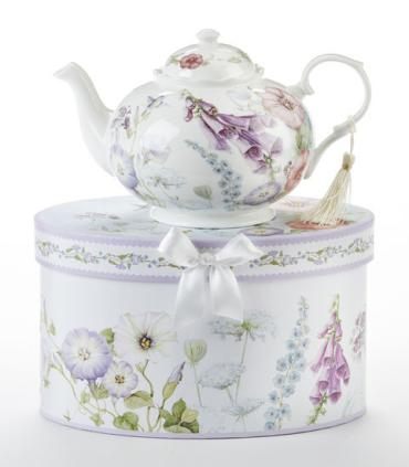 BELL ISLE PORCELAIN TEAPOT 34 OZ GIFT BOXED