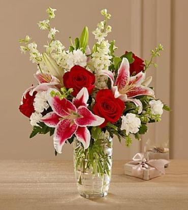 ELEGANT STARGAZERS AND ROSES