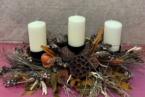 WOODSY FALL SILK CENTERPIECE WITH CANDLES