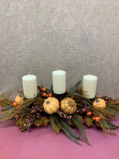GOLDEN PUMPKIN SILK CENTERPIECE WITH CANDLES